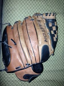 Easton baseball glove size 12 inch youth