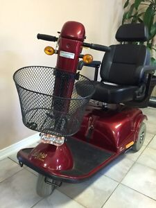 MOBILITY SCOOTER 3 WHEEL CALYPSO DELUXE NEW CONDITION