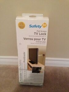 SAFETY 1ST Flat Screen TV Lock