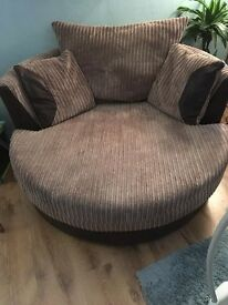 Huxley Large Swivel Chair