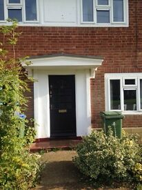 3 double bedroom house near Thames Ditton. Council swap wanted.