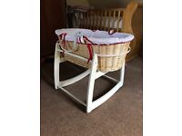 Moses basket / bassinet with rocking stand
