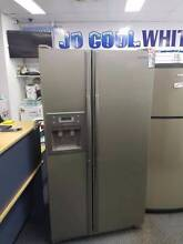 BARGAIN OF THE WEEK! Samsung 614L Silver Fridge Freezer Canning Vale Canning Area Preview