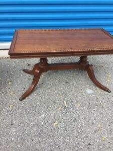 Small Brown vintage coffee table  London Ontario image 1