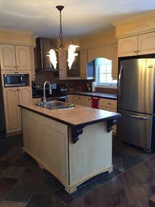 Maison 2 étages à vendre à Jonquière Saguenay Saguenay-Lac-Saint-Jean image 2