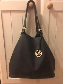 Michael Kors Black Leather Colgate Slouch Bag