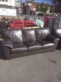High quality brown leather 3 & 2 seater leather suite