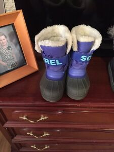 Girls Sorel snow boots