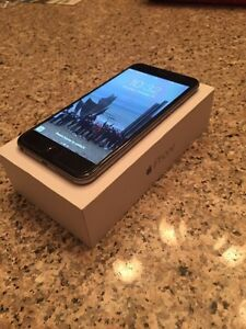 iPhone 6 , 64g with orig box , mint condition