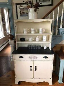Cute Vintage Cabinet