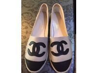 Chanel size 6