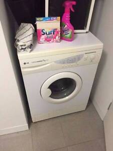 excellent LG 7kg Front Loader Washing CAN DELIVERY Box Hill Whitehorse Area Preview