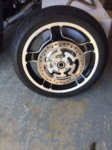 2010 street glide tires .. rims  and other parts