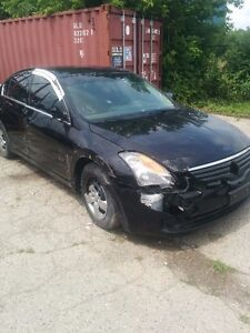 Nissan Altima SL 2.5 parts only!!!!!! London Ontario image 2