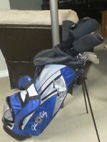Like new!  John Daly Golf Set. RH.