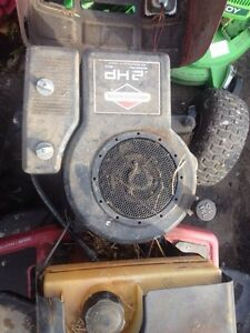 Used Riding lawn mower engines in stock