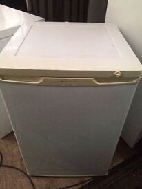 White frigidaire frost free undercounter freezer good condition with guarantee bargain
