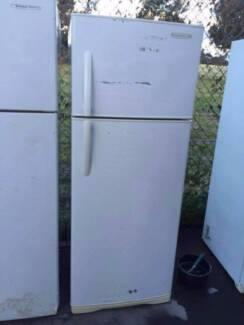 great working 406 liter westinghouse fridge , can delivery at ext