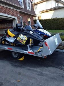 11 FT DOUBLE SNOWMOBILE TRAILER