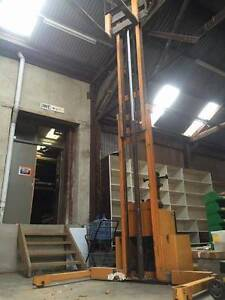 Big Joe Hand Operated Forklift Castlemaine Mount Alexander Area Preview