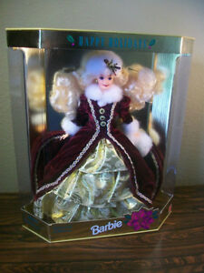 1996  Happy Holiday Barbie  COLLECTABLE MINT CONDITION London Ontario image 1