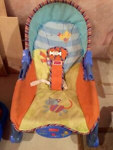 Baby Bouncer/baby seat & Baby bath