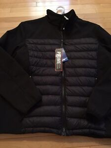 BRAND NEW FROM COSTCO MENS ULTRA LITE DOWN JACKET LARGE