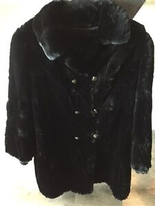 Gorgeous & Warm Black Real Sheared Beaver Car Coat MUST SELL! London Ontario image 4
