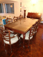 Dining set and china cabinet in Mahogany
