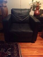 GREEN 100% LEATHER LOVE SEAT & CHAIR