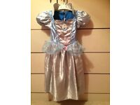 Disney Cinderella & Snow White reversible Dress Up 3-5 years. Fancy Dress Costume