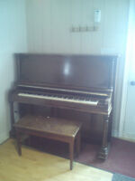Piano antique a donner