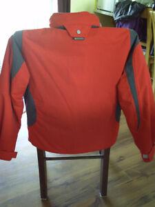 manteau d'hiver Rossignol Rouge grandeur médium 8-10 ans. Saint-Hyacinthe Québec image 3
