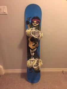 GNU Danny Kass pro Mini 145cm Snowboard w/ Burton Cartel