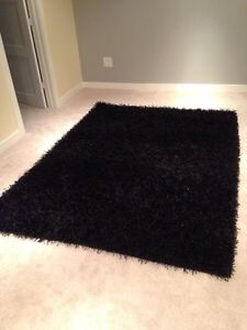 "Shag Area Rug Black great condition 92"" x 66"""