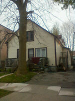Welland East side apartment