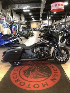 2019 Indian Motorcycle Chieftain Dark Horse Thunder Black Smoke