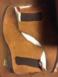 Chelsea boots size 10