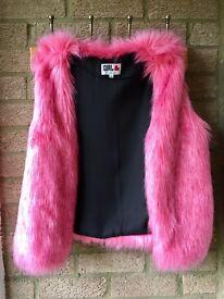 Chelsea girl, bright pink fur gillet