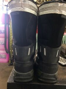 Men's composite work boots size 12 London Ontario image 4
