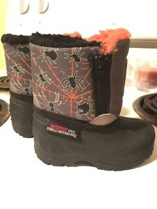 Baby boots size 3