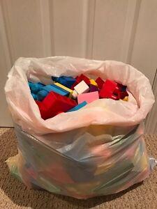 Large bag of Mega Bloks! Gently used Cambridge Kitchener Area image 2