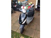Piaggio zip moped 2 stroke