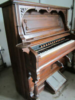 ANTIQUE  PUMP  ORGAN   -   over 100 years old