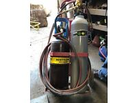 oxygen acetylene lead burning welding set, full bottles no rental. Type O torch and tips etc