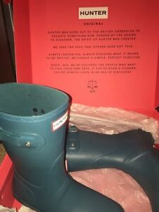 Hunter boots size 8!!