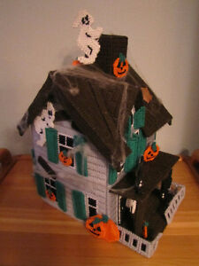 Plastic Canvas Halloween Haunted House Comox / Courtenay / Cumberland Comox Valley Area image 1