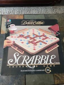 """DUNDAS :Vintage 1989 """"TURNSTYLE"""" Rotating board SCRABBLE game"""