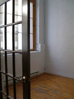 Stunning Loft historic, 2 bdrooms, 1150 sq ft, Old Montreal