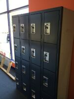 Commercial set of lockers